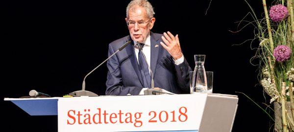 staedtetag-2018-feldkirch-alexander-van-der-bellen-800x368